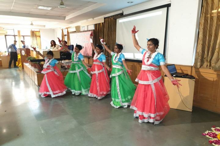 Apeejay International School- Bharanatyam