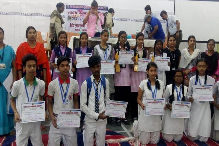 Sadar Alam Memorial Secondary School-Students