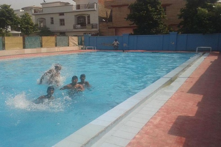 Arvind Academy-Swimming Pool