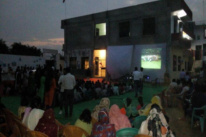 Arya Bandhu Public School-Seminar