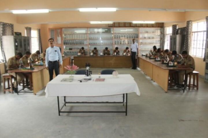 Sainik School-Lab