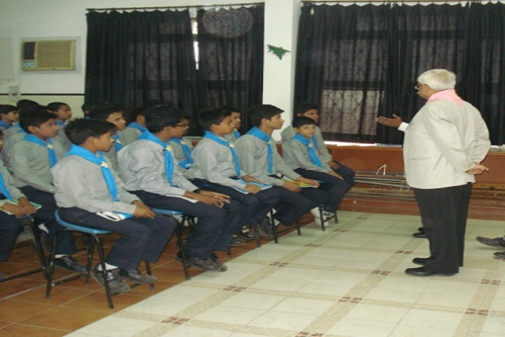 Ayesha Tarin Modern Public School-Scouts Training