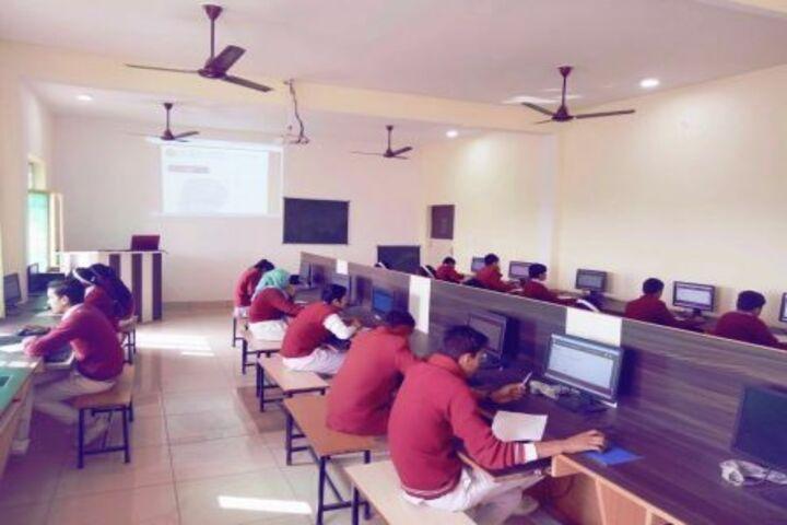 B K Senior Secondary School-Computer Lab