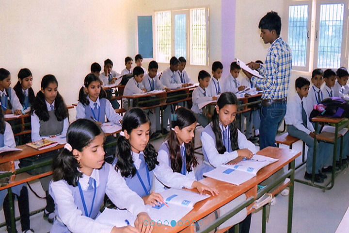 B Indian Senior Secondary Public School-Classroom
