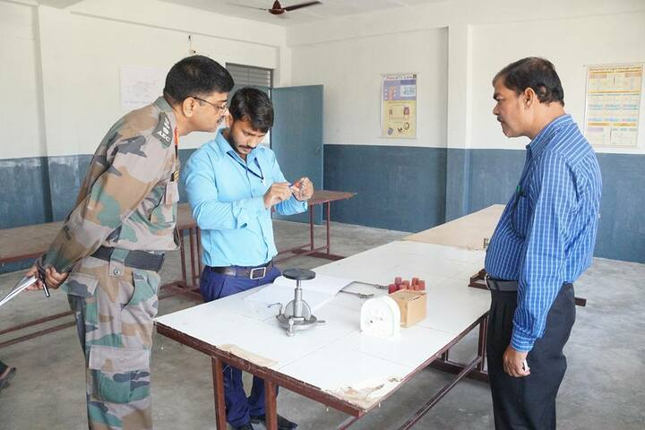 B N Public School-Physics Lab