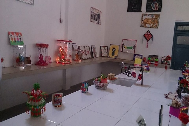 BAKSHI PUBLIC SCHOOL-Art and Craft Exhibition
