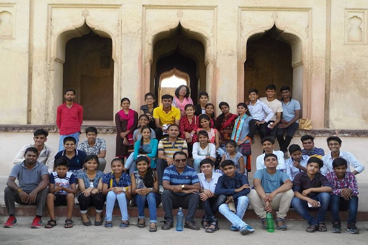 BAKSHI PUBLIC SCHOOL-Tour