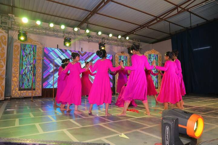 Balaji Public School-Dance