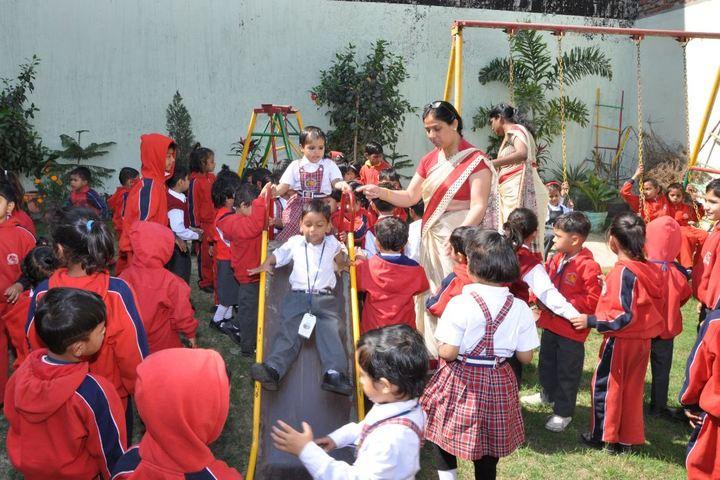 Baleram Brajbhushan Saraswati Shishu Mandir-Games