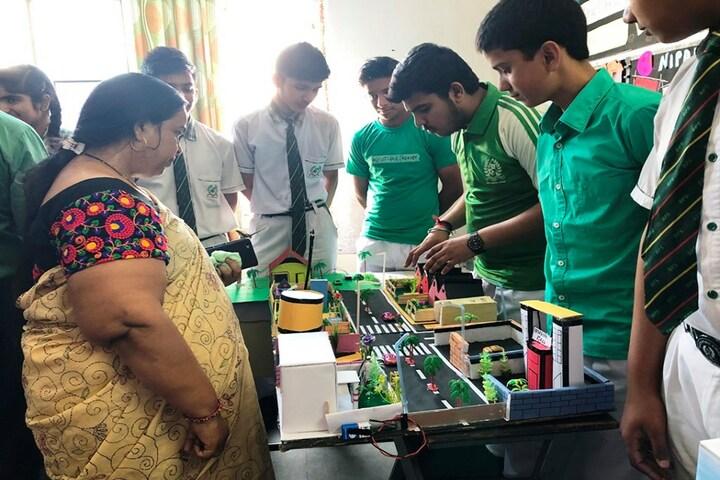 Baluni Public School-Science Exhibition