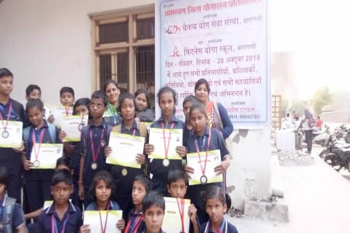 Beena Public School- Certificate distribution