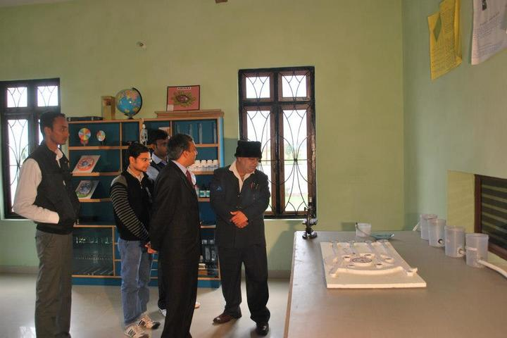 Benison School-Science Lab