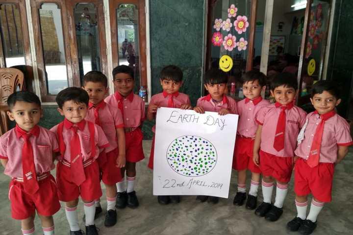 Bonny Anne Public School-Earth Day