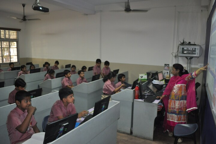 Bright Land School-Computer Lab