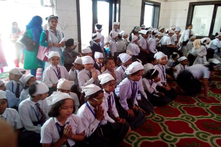 C S H P Memorial Public School-Festival Celebration