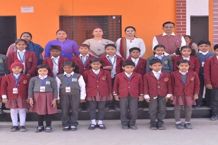 C N S  Academy-Students