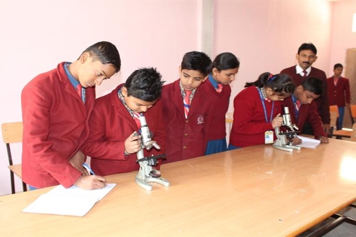 Cambridge International School-Biology Lab