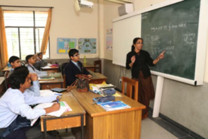 Cambridge School-Smart Classrooms
