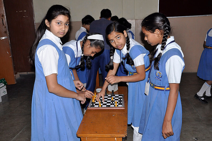Canossa School-Chess