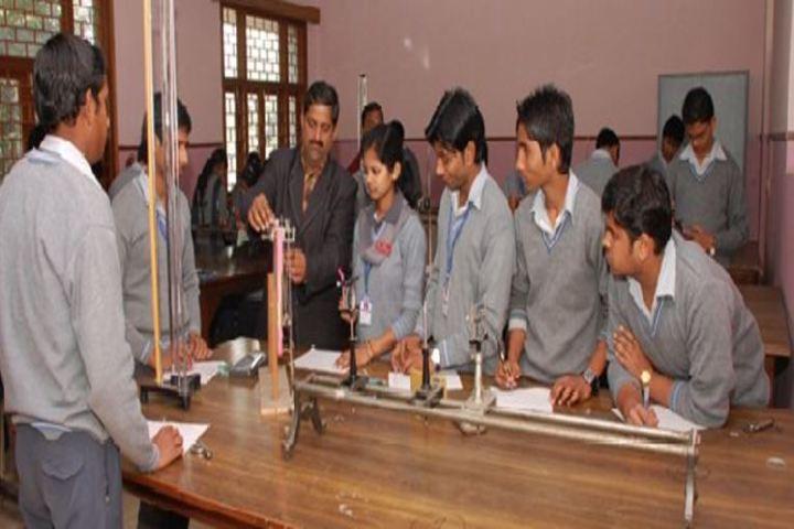 Saraswati Vidya Mandir-Physics Lab
