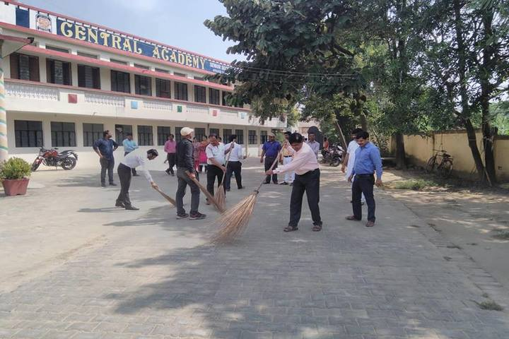 Central Academy-Cleaning