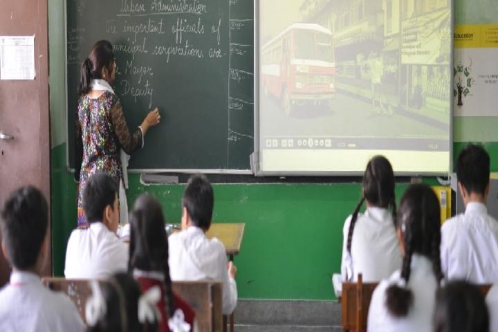Central Academy-Classroom