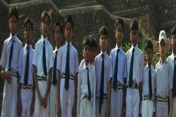 Sarla Brahma Bal Vidya Mandir-Students