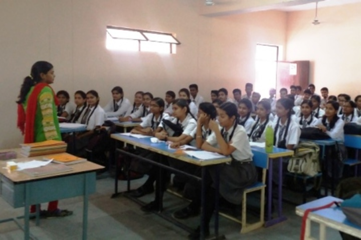 Central Hindhu School-Class Room