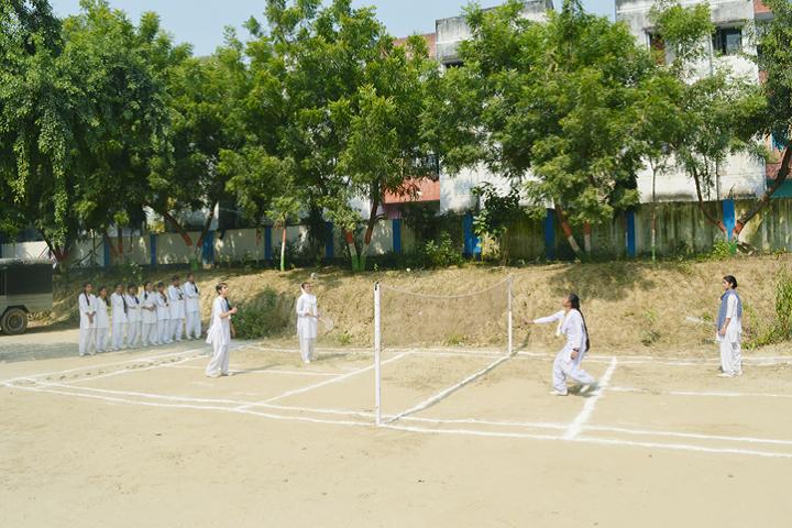 Central Public School-Games