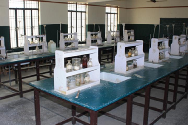 Ch Beeri Singh Public School-Chemistry Lab
