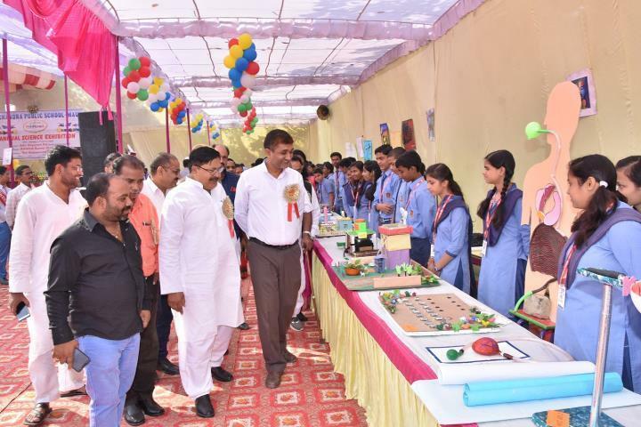 Chandra Public School-Exhibition