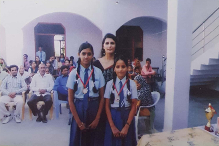 Chetna Convent Junior High School-Photo