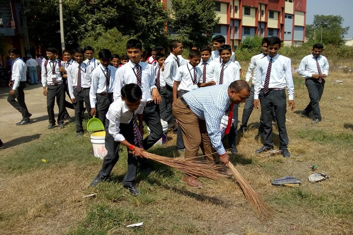 Children School-Cleaning