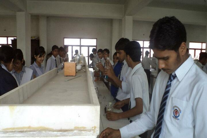 Childrens Academy-Chemistry Lab