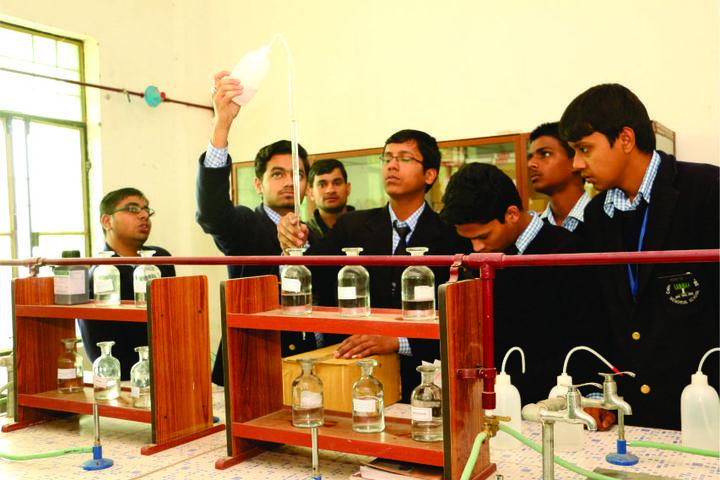Colonel S N Mishra Obe Memorial School-Physics Lab