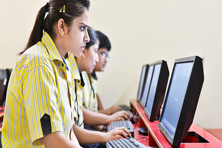 Columbus International School-Computer Lab