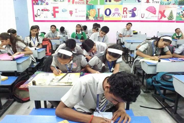 Competent Public School-Classroom