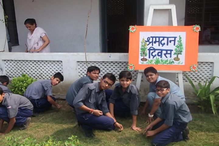 D A V Centenary Public School-Cleaning