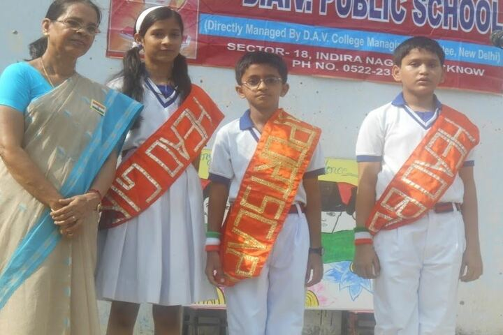 D A V Public School-Investiture Ceremony