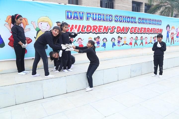 D A V Public School-Children