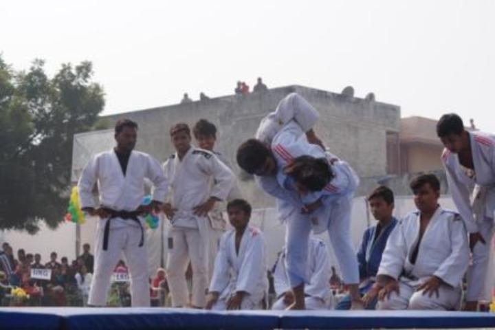 D A V Centenary Public School-Karate