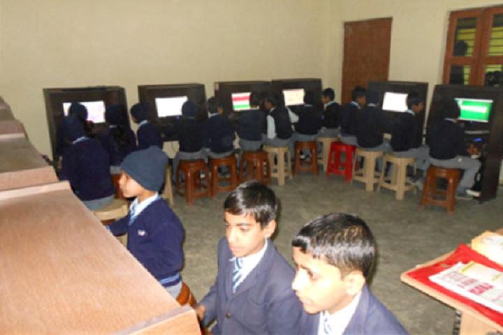 D M Public School-Computer-Lab