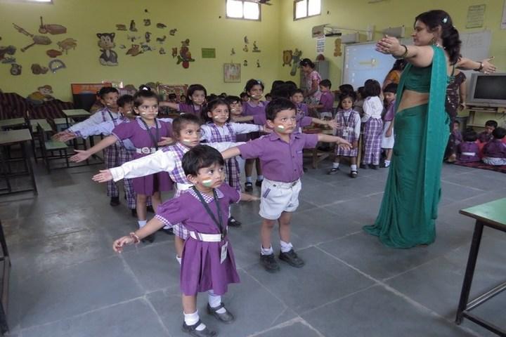 Das Universal Academy-Classroom Activity