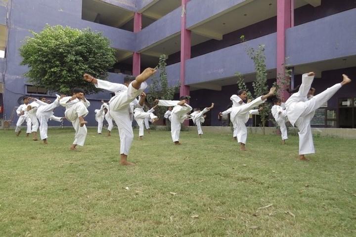 Das Universal Academy-Karate