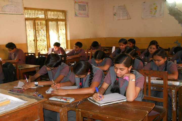 Dayanand Bal Mandir-Classroom