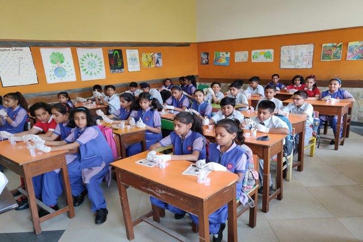 Dayawati Modi International-Classroom