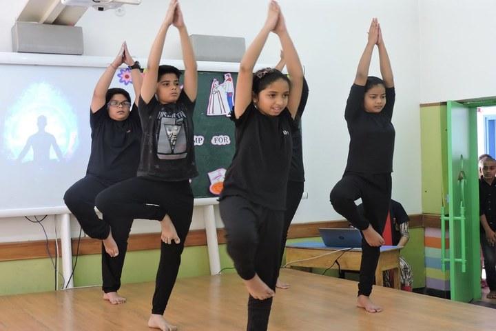 Dayawati Modi International-Yoga