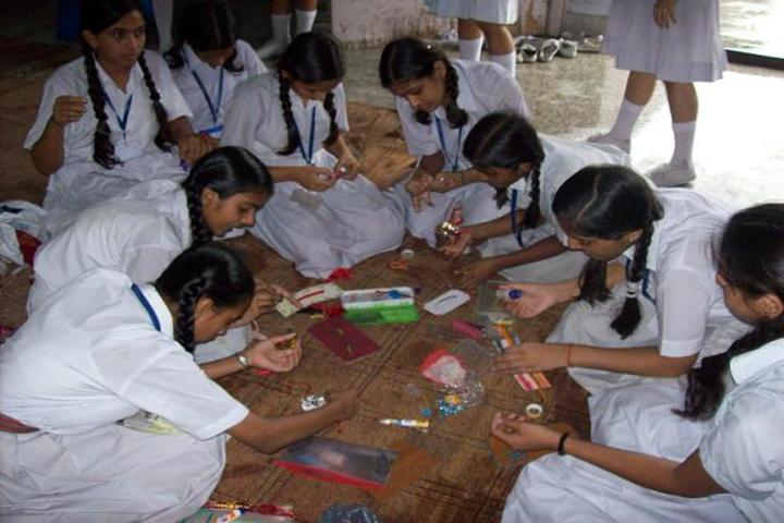 Dayawati Modi Public School-Activity Room