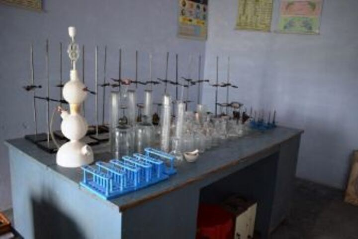 Senior Secondary Delhi Public School-Chemistry Labs