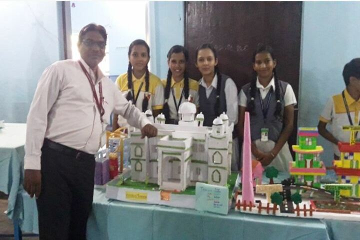 Dehradoon Public School-Exhibition